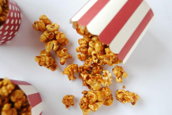 Palomitas de caramelo miss vinagre - Como hacer palomitas de caramelo caseras ...